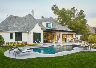 Contemporary Outdoor Living Space In Preston Hollow, Dallas, TX